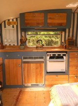 45+ Marvelous Rural Modern RV Tour Remodel Ideas (27)