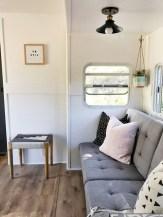 45+ Marvelous Rural Modern RV Tour Remodel Ideas (28)