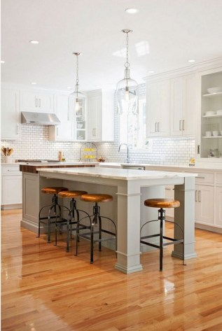 50+ Amazing Modern Farmhouse Kitchen Cabinets Decor Ideas 51
