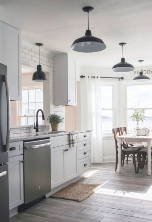 50+ Amazing Modern Farmhouse Kitchen Cabinets Decor Ideas 54