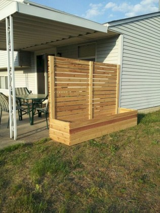 63+ Inspiring DIY Front Yard Privacy Fence Remodel Ideas (2)