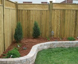 63+ Inspiring DIY Front Yard Privacy Fence Remodel Ideas (26)