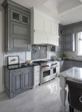 70+ Amazing Farmhouse Gray Kitchen Cabinet Design Ideas 29