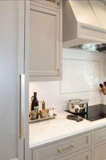70+ Amazing Farmhouse Gray Kitchen Cabinet Design Ideas 32