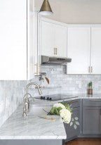 70+ Amazing Farmhouse Gray Kitchen Cabinet Design Ideas 34