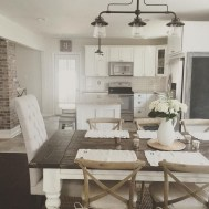 75+ Rustic Farmhouse Style Kitchen Makeover Ideas 18