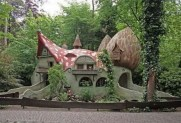 Unique And Best 10+ Real Fairytale Cottage Design Ideas 10
