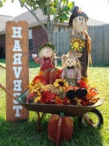 27+ Smart DIY Signs to Make This Fall Decoration For Garden (10)