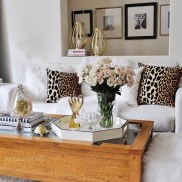 28+ Comfy Neutral Winter Ideas for Your Home Decor (3)