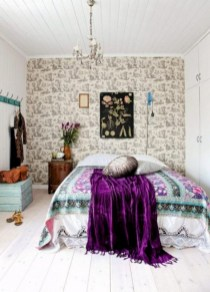 30+ Stunning Bohemian Bedroom Decor For Small Space (6)