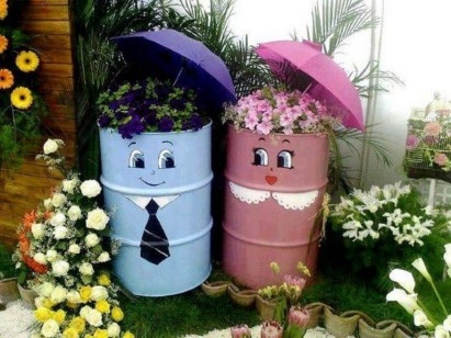 53+ Beautiful DIY Outdoor Garden Crafts Ideas to Make Your Garden More Beautiful (30)