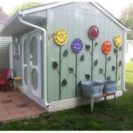 53+ Beautiful DIY Outdoor Garden Crafts Ideas to Make Your Garden More Beautiful (7)