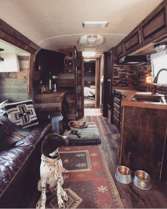 82+ Inspiring RV Camper Van Interior Design and Organization Ideas (20)