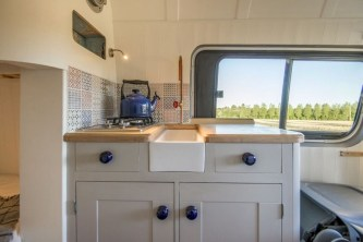 82+ Inspiring RV Camper Van Interior Design and Organization Ideas (22)
