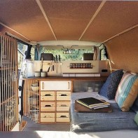 82+ Inspiring RV Camper Van Interior Design and Organization Ideas (26)