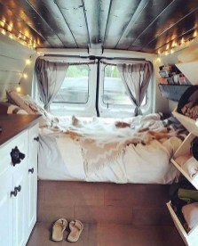 82+ Inspiring RV Camper Van Interior Design and Organization Ideas (47)