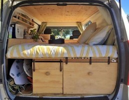 82+ Inspiring RV Camper Van Interior Design and Organization Ideas (8)