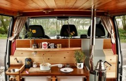 82+ Inspiring RV Camper Van Interior Design and Organization Ideas (9)