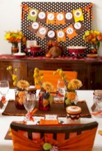 28+ Inspiring Turkey Decor Ideas for Your Thanksgiving Table (10)