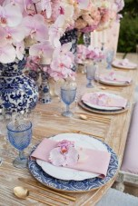 30+ Awesome Party Table Decorations Ideas For Your Special Moment (15)