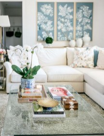 30+ Creative Tips For A Perfect Coffee Table Styling To Living Room (12)