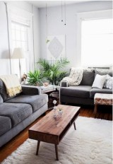 30+ Creative Tips For A Perfect Coffee Table Styling To Living Room (15)