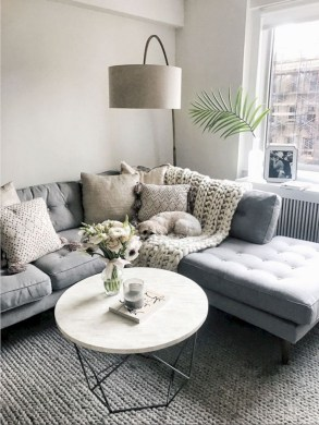 30+ Creative Tips For A Perfect Coffee Table Styling To Living Room (18)