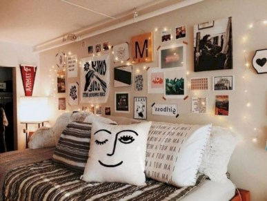 30+ Interesting Dorm Room Ideas That Your Inspire 28