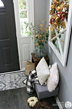 46+ Beauty Chic and Simple Entrance Ideas for Your House (10)
