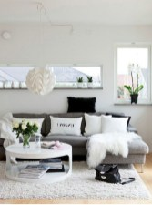93+ Comfy Apartment Living Room in Black and White Style Ideas (32)