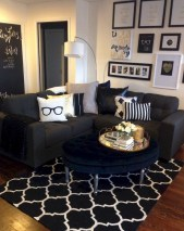 93+ Comfy Apartment Living Room in Black and White Style Ideas (62)