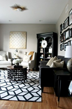 93+ Comfy Apartment Living Room in Black and White Style Ideas (74)