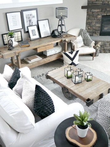 93+ Comfy Apartment Living Room in Black and White Style Ideas (9)