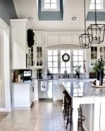37+ Marvelous Farmhouse Home Decor Ideas Easy To Apply (31)