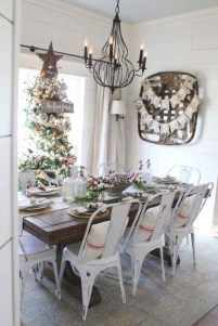 75+ Stuning Farmhouse Dining Room Decor Ideas 73