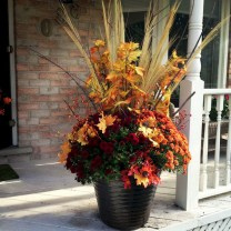 88+ Amazing Fall Container Gardening Ideas (66)