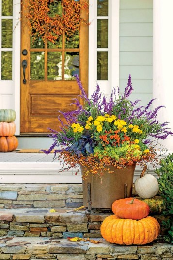 88+ Amazing Fall Container Gardening Ideas (70)