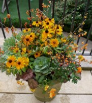 88+ Amazing Fall Container Gardening Ideas (74)