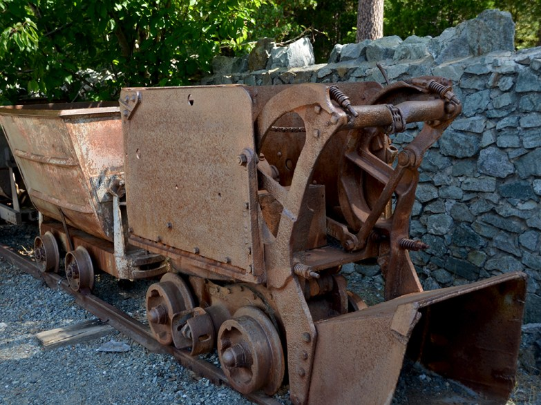 Old Gold Mining Equipment
