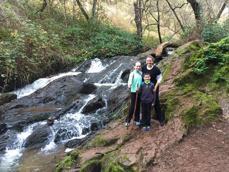 Poppy Trail Hidden Falls Regional Park in Aauburn