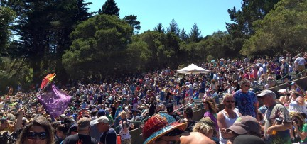 Grateful Dead Fans Celebrate Jerry Garcia