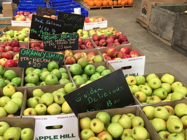Buy Fresh Apples at Apple Hill