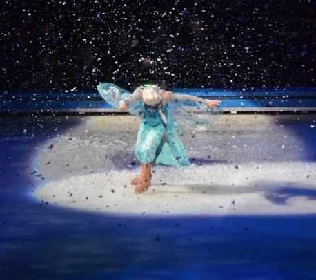 Queen Elsa In Frozen by Disney On Ice