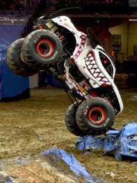 Monster Mutt Dalmatian Crushing Cars