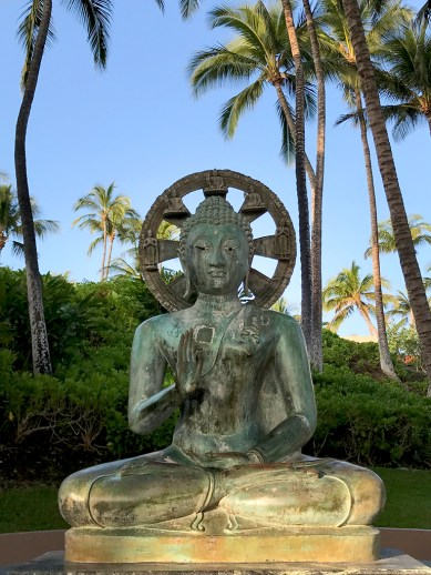 Hilton Waikoloa Statues And Artwork