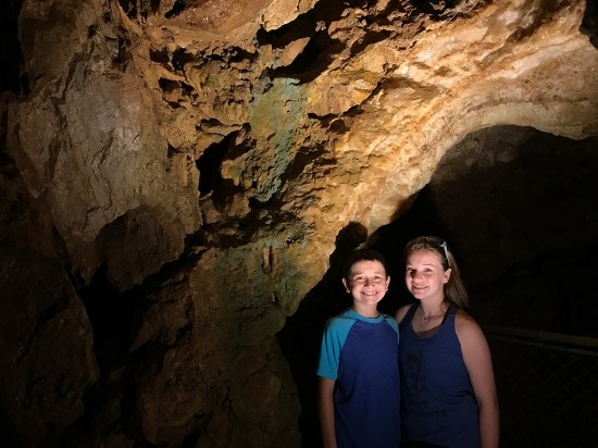 Kids Tour Lake Shasta Caverns