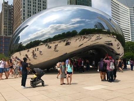 Cloud Gate Chicago Bean in Millennium Park