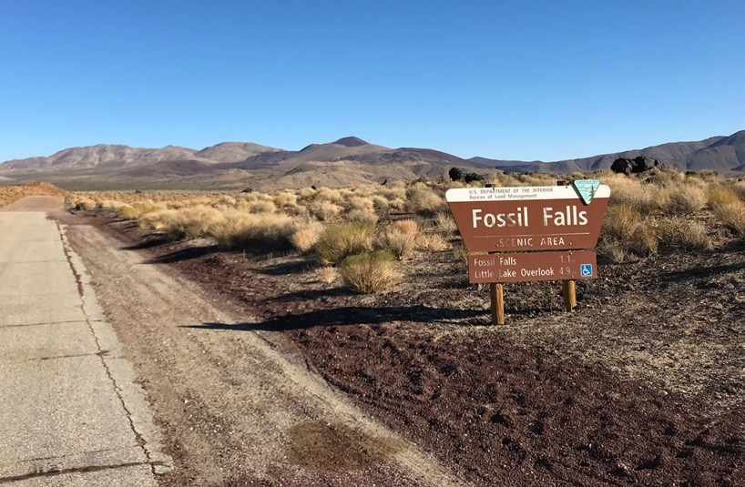 Fossil Falls Sign