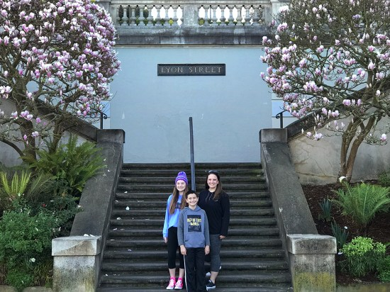 Jennifer, Natalie, and Carter Bourn at the Lyon Street Steps Landing on Vallejo Street