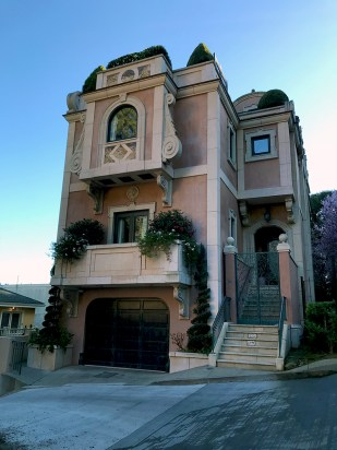 A Pacific Heights Mansion